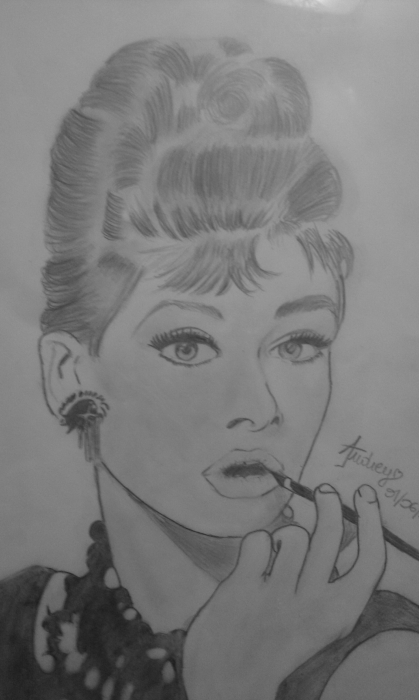 Audrey Hepburn by Boudch0u-x